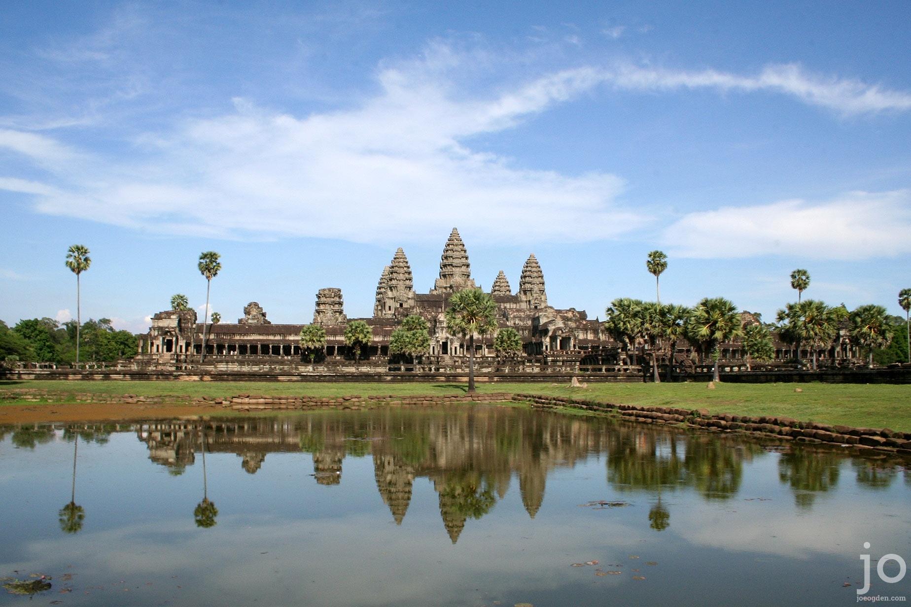 Angkor-Wat-2006